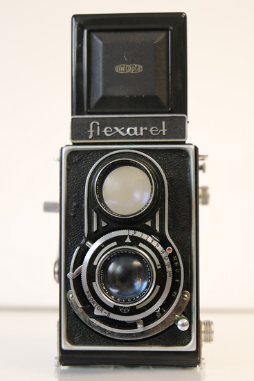 Meopta Flexaret TLR Camera, with Leather Flexaret case