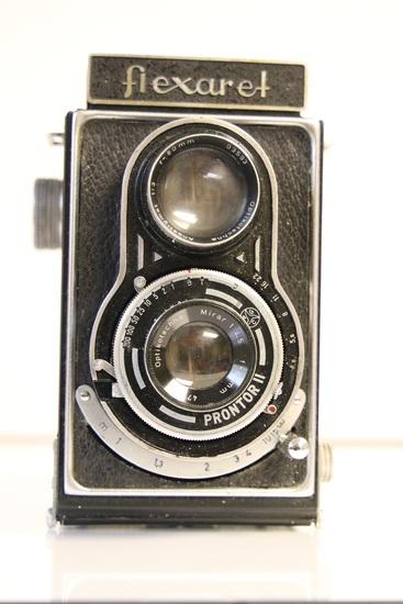 Optikotechna Flexaret TLR Camera with Leather Case