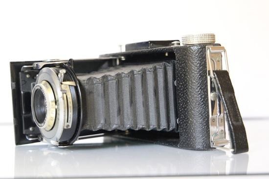 Kodak Senior Six-20 Camera with Leather Case and Manual
