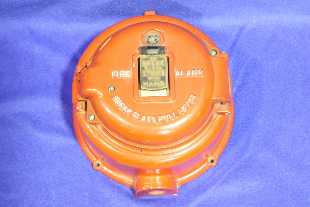 Fire Alarm Station, Round