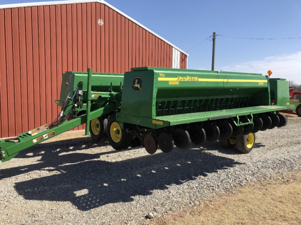 "2010 JD 455 GRAIN DRILL, 35', DD, 7 ½"" SPACING, APPROX. 3500 ACRES"
