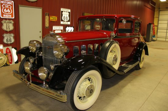 1932 BUICK VICTORIA COUPE, SERIES 80, 344 VALUE VALUE IN HEAD STRAIGHT 8 EN