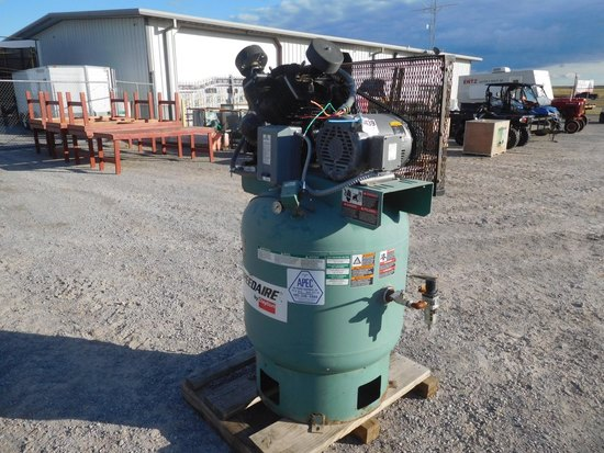 SPEED AIRE INDUSTRIAL VERTICAL AIR COMPRESSOR, 85 GAL. 220 VOLT, 3 PHASE, 1
