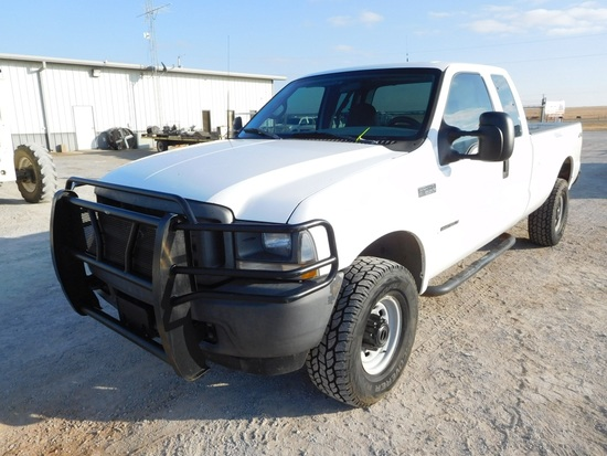 2002 FORD F250 PICKUP, 4X4, 7.3 DSL., AUTO, EXTENDED CAB, SHOWS 271,659 MIL