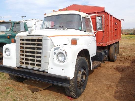 """1976 IH 1600 Truck, Gas, 15'  Bed & Hoist, RO Tarp, Shows 68,000 Mi., (TIT"
