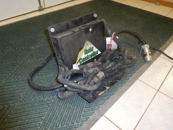 JD GREEN STAR SPRAYER RATE CONTROLLER, ISO COMPATABLE, COMPLETE W/ALL CABLE