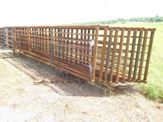 24' HEAVY DUTY FREE STANDING PANELS, ONE WITH 6' GATE***SOLD TIMES THE MONEY**