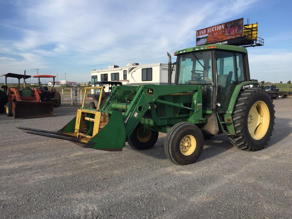 Lot: JD 6400 TRACTOR, C&A, 3PT, PTO, DUAL HYD , W/JD 620 QUICK