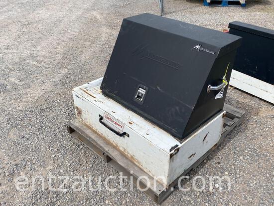 MED. PACK RAT WITH MONTEZUMA TOOL BOX