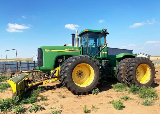 JOHN DEERE 9220 TRACTOR, POWER QUAD W/2 SPEED, 620/70 R 42, DUALS, 4 HYD., 6580 HRS., W/ DEGELMAN