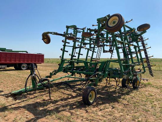 JOHN DEERE 2200, 45' FIELD CULTIVATOR W/HARROWS, QUAD FOLD