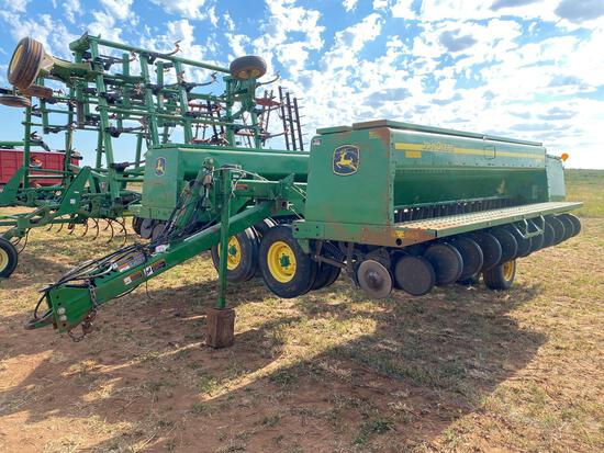 "JOHN DEERE 455 GRAIN DRILL, 35', DF 7 1/2"" SPACING, FERTILIZER, 13"" DISC"