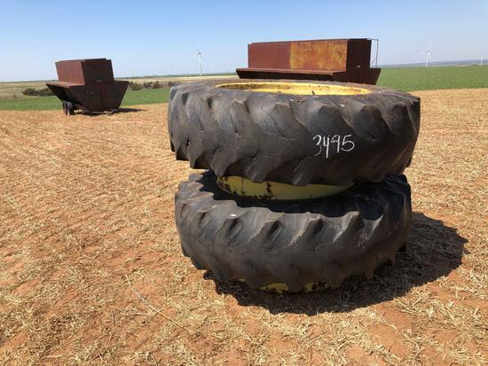 SET OF 18.4X38 DUALS AND RIMS
