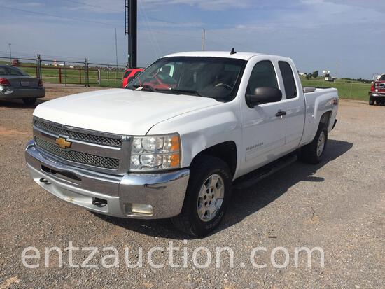 2012 CHEVY 1500 Z71 PICKUP, EXTENDED CAB, AUTO,