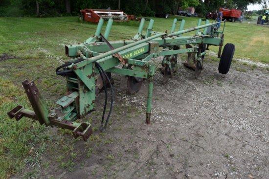 John Deere 2500 Plow, 4 Bottom Vari-Width, 3 pt.