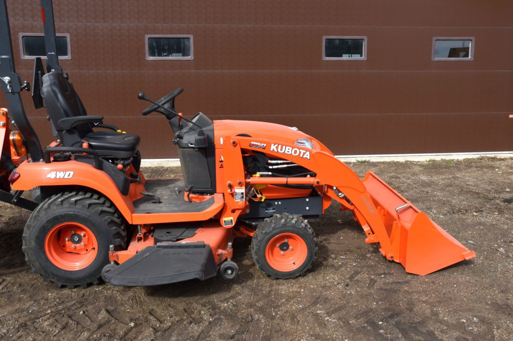 """Kubota BX2670 Compact Utility Tractor, 4WD, 422 Actual Hours, 3pt., 540PTO, 26x12.00 Tires, 60"""" Mowe"""