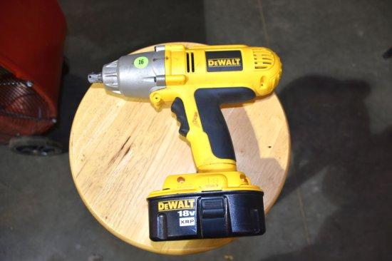 Dewalt 1/2'' Cordless Impact, 18 Volt, With Battery