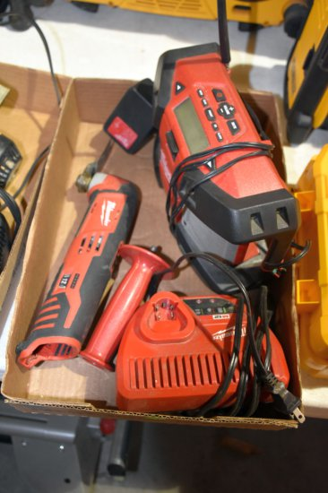 Milwaukee Radio, Milwaukee M12 Multi Tool With No Battery, Milwaukee M12 Charger