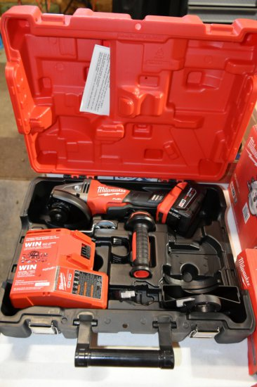 Milwaukee M18 4.5/5'' Battery Powered Right Angle Grinder, New In Hardcase