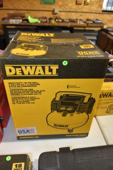 Dewalt Heavy Duty 165PSI Max, 6 Gallon, Pancake Air Compressor, New In Box