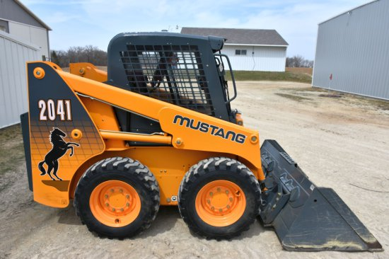 2011 Mustang 2041 Skid Loader, 190 Actual One Owner Hours, 46HP, 1350 Lift Capacity, Full Cab, Looks