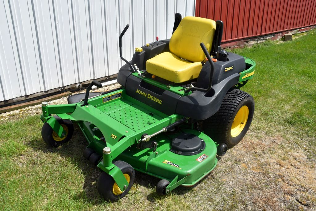 "John Deere Z-Trak 757 Zero Turn Mower, 60"" Deck, 25 HP, 532 Hours, sn: TC0757A030861"