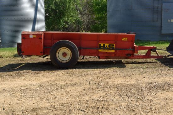 H & S 220 Manure Spreader, Single Axle, Single Beater, 540 PTO