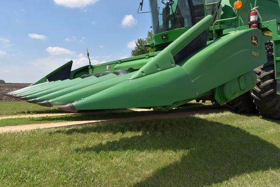 "2005 John Deere 893 Corn Head, 8 Row 30"", Poly Snouts, Knife Rolls, SN: X711602"