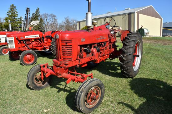 Farmall 300, Wide Front, New Tires, Fenders, Front And Rear Hydraulic, Belt Pulley, SN: 2429ST