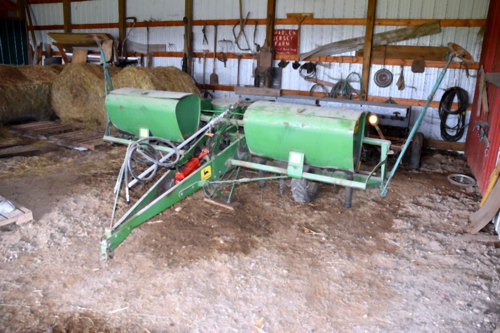 John Deere 1240 Planter 4 Row Auctions Online Proxibid