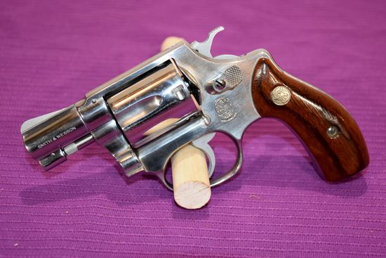 """Smith And Wesson Model 60 Revolver, 38 S&W Special, SN: R120281, 2"""" Barrel"""