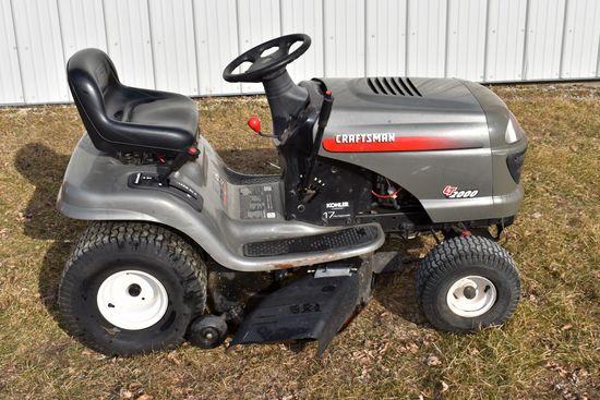 """Craftsman LT2000 Garden Tractor, 17hp, 42"""" Deck, Hydro"""
