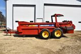 New Holland 195 Tandem Axle Manure Spreader, 2 Beater, Hydraulic Slop Gate, 540PTO, 22.5 Truck Tires