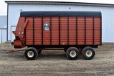 Meyer 600TSS, 18' Forage Box, 3 Beater, Roof, 2 Speed Unload, 540PTO, 14