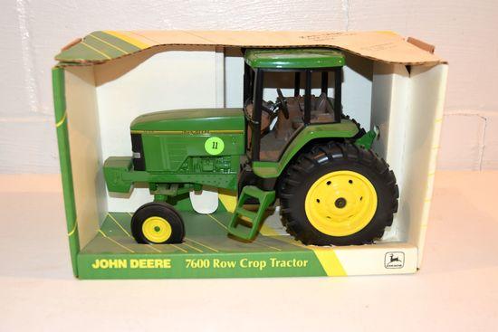 Ertl John Deere 7600 Row Crop Tractor, 1/16th Scale, With Box