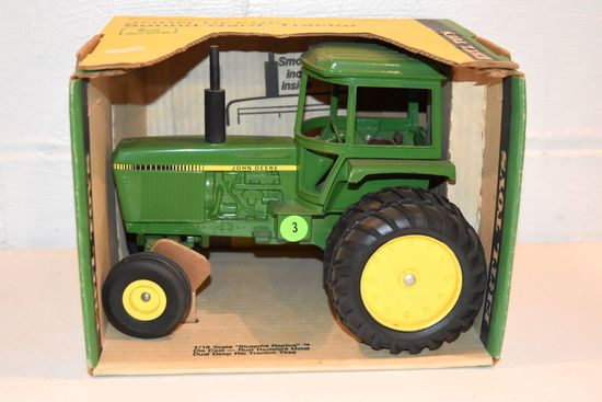 Ertl John Deere Sound Gard Tractor With Duals, 1/16th Scale, With Blue Print Box