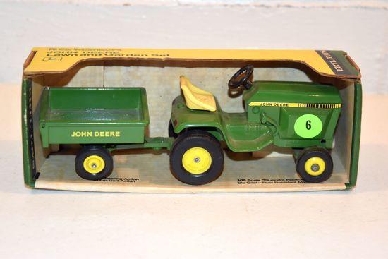 Ertl John Deere Lawn And Garden Set, 1/16th Scale, With Blue Print Replica Box