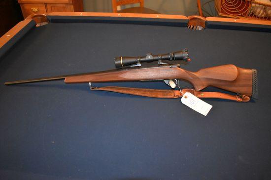 Weatherby Vangaurd VGS Bolt Action Rifle, 7MM Rem. Mag., Leupold Vari-X 2.5x8 Scope, Wood Stock, Sli
