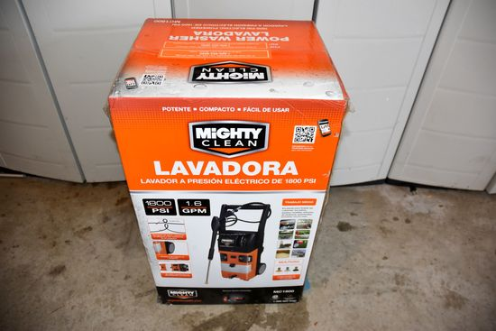 Mighty Clean Electric Pressure Washer, New In Box, 1800 PSI, 1.6 GPM, 23' Hose With Wand, 35' Extens