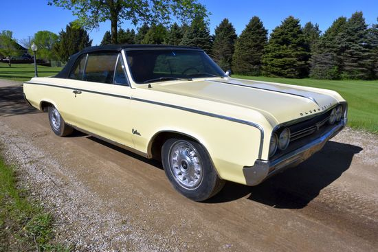 1964 Oldsmobile F85, 1st Edition, Convertible, 335 V8, 300hp, Tach, Motor Stuck, Has Title