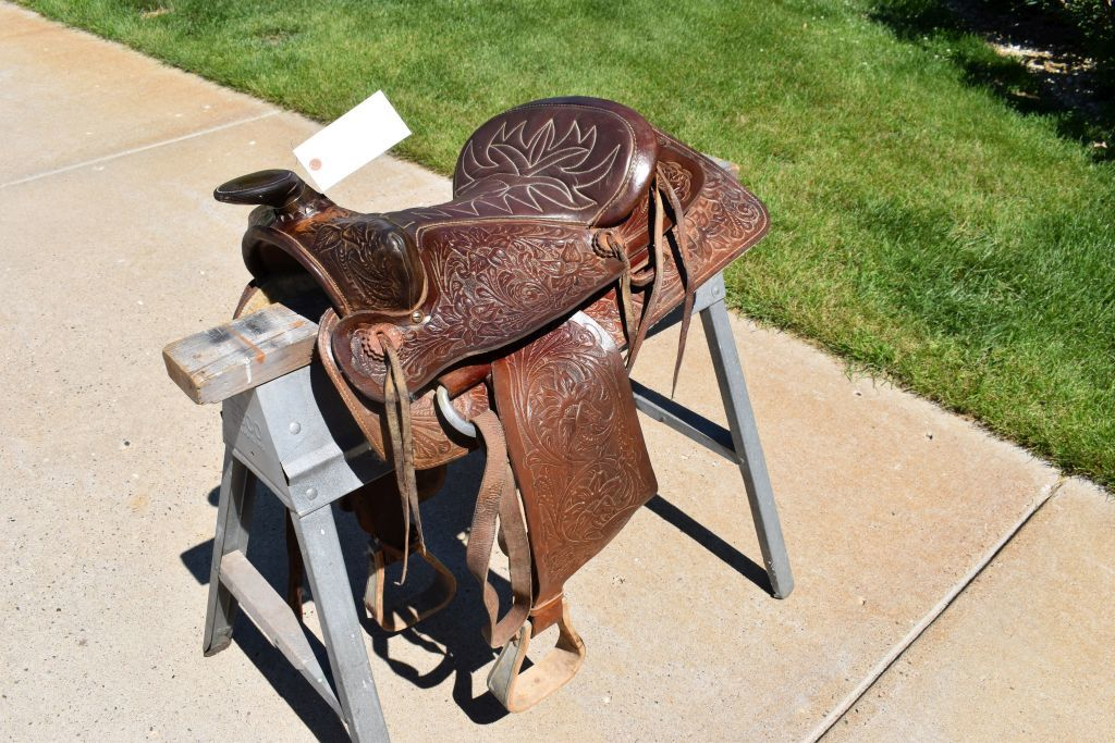 "15"" Wetsern Saddle With Padded Seat"