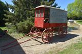 """Nice Original """"Cloverdale Foods"""" Wooden Wheel Horse Delivery Wagon"""