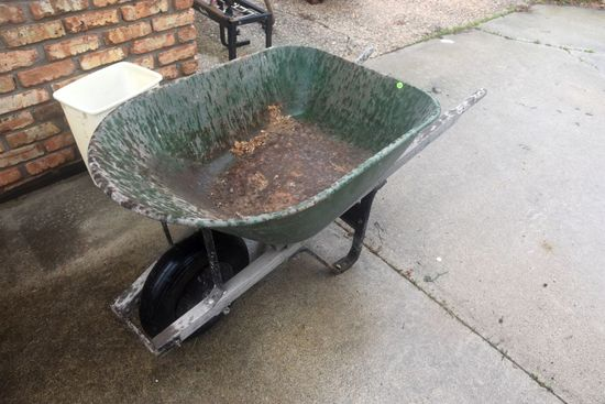 Steel Wheel Barrow, PICK UP ONLY,SEE DATES/TIMES ABOVE IN NOTES, NO SHIPPING AVAILABLE FOR THIS ITEM