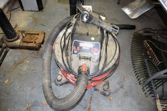 Craftsman Wet Dry Vac, 6.5HP, 16 Gallon, With Accessories, PICK UP ONLY,SEE DATES/TIMES ABOVE IN NOT