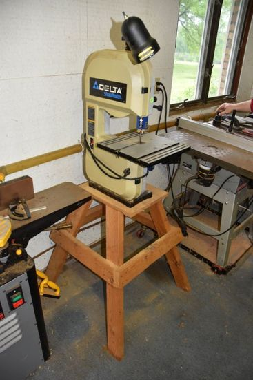 Delta Shop Master Bench Top Band Saw, With Working Light And Wooden Stand, Works, PICK UP ONLY,SEE D