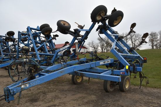 DMI Nutri-Placr 4300 Anhydrous Tool Bar, 37' Or Shutoffs For 32', 15 Knife, Continental Equilizer NH