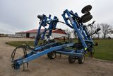 DMI Nutri-Placr 5300 Anhydrous Tool Bar, 42', 17 Knife, Raven NH3 Cooler With Micro Trak MT3000 Moni