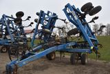 DMI Nutri-Placr 5300 Anhydrous Tool Bar, 52', 21 Knife, Raven NH3 Cooler With Raven 440 Monitor, Cov