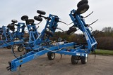 DMI Nutri-Placr 5250 Anhydrous Tool Bar, 42', 19 Knife, Raven NH3 Cooler With Raven 440 Monitor, Wal
