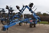 DMI Nutri-Placr 4300 Anhydrous Tool Bar, 37', 15 Knife, NH3 Cooler With Raven 440 Monitor, Walking T